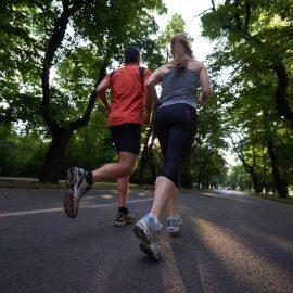 Cumpărarea echipamentului de alergare potrivit: ghid pentru începători