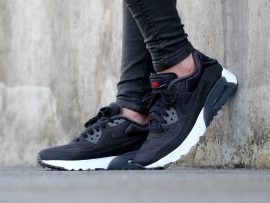 882145-001 AIR MAX 90 ULTRA PRM 3